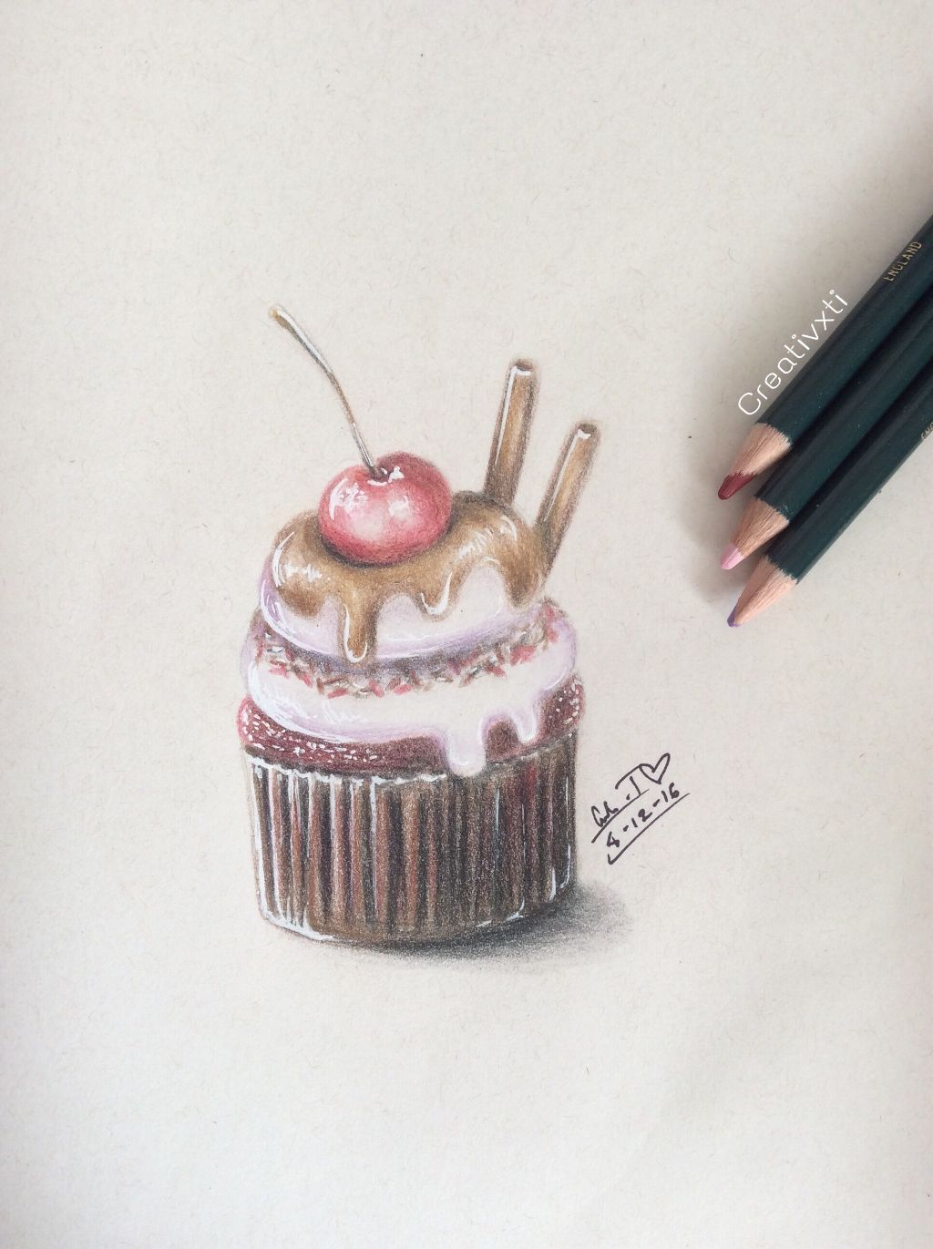 Drew this cupcake a few days ago. Its my birthday today ^ v ^ (I know its quite a typical post for a birthday thing but eh ^^;)