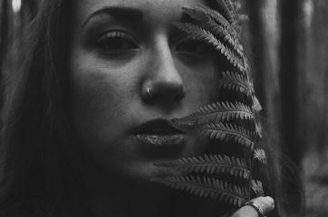 portrait girl longhair blackandwhite nature
